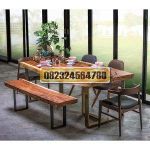 meja trembesi panjang, meja trembesi medan, meja trembesi adalah, harga meja kayu trembesi, jual meja trembesi solid, meja kayu trembesi